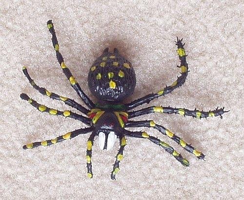 оно само, паук ползет к дверям этому свойству, термобелье